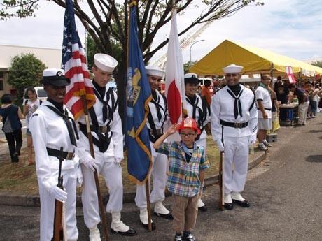 日米親善イベントとして、米海軍横須賀基地を開放して行うスプリングフェスタ