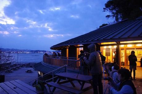 横須賀沖に浮かぶ猿島で行われた「無人島星空撮影会」