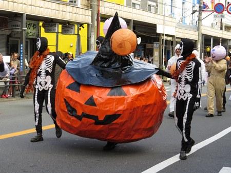 追浜ハロウィンの仮装パレード(前回の様子)