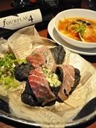 新ご当地グルメ「横須賀ピッツア・ブラック」の人気投票 市内16店舗で展開