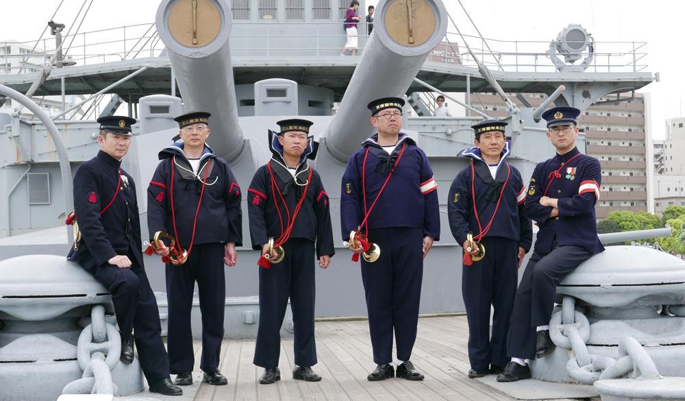 明治期の軍装で歴史再現イベントを行う「甲飛喇叭隊第十一分隊」