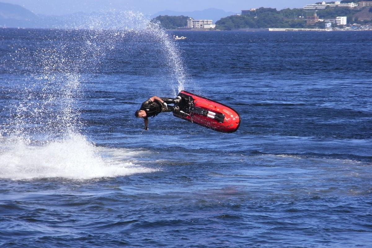 横須賀の海で、マリンスポーツが無料体験