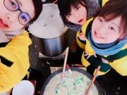 湯沢で女性グループが「あっぷるとん汁」販売 犬っこまつり会場で