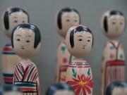 湯沢で「秋田県こけし展」 県内12工人のこけしを展示