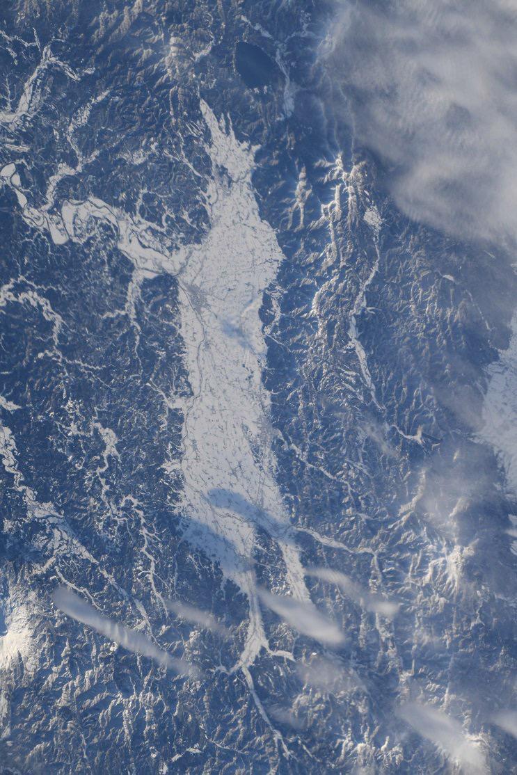 国際宇宙ステーションから撮影した横手盆地(JAXA/NASA)