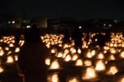 横手で小正月の伝統行事「かまくら」 幻想的な明かりが街包む