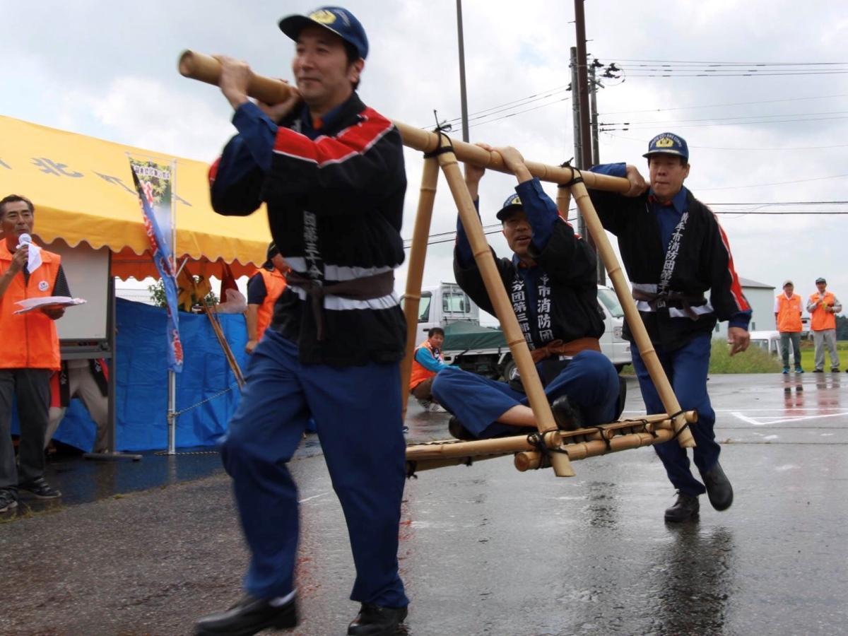 「後三年 秋の陣 in 金澤」の「早かご競争」の様子(写真は2017年)