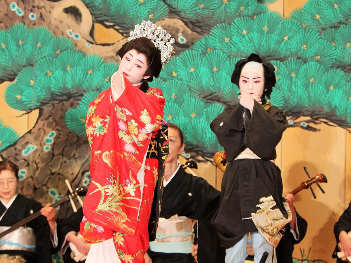 「横手市創作子ども歌舞伎」舞台の様子(写真は2017年)