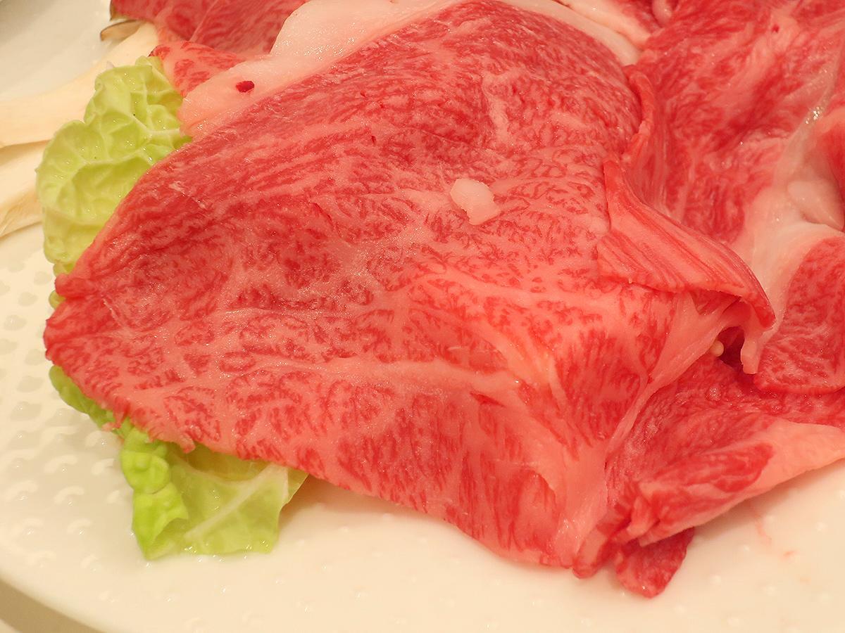 「横手黒毛和牛食す会」のすき焼き。