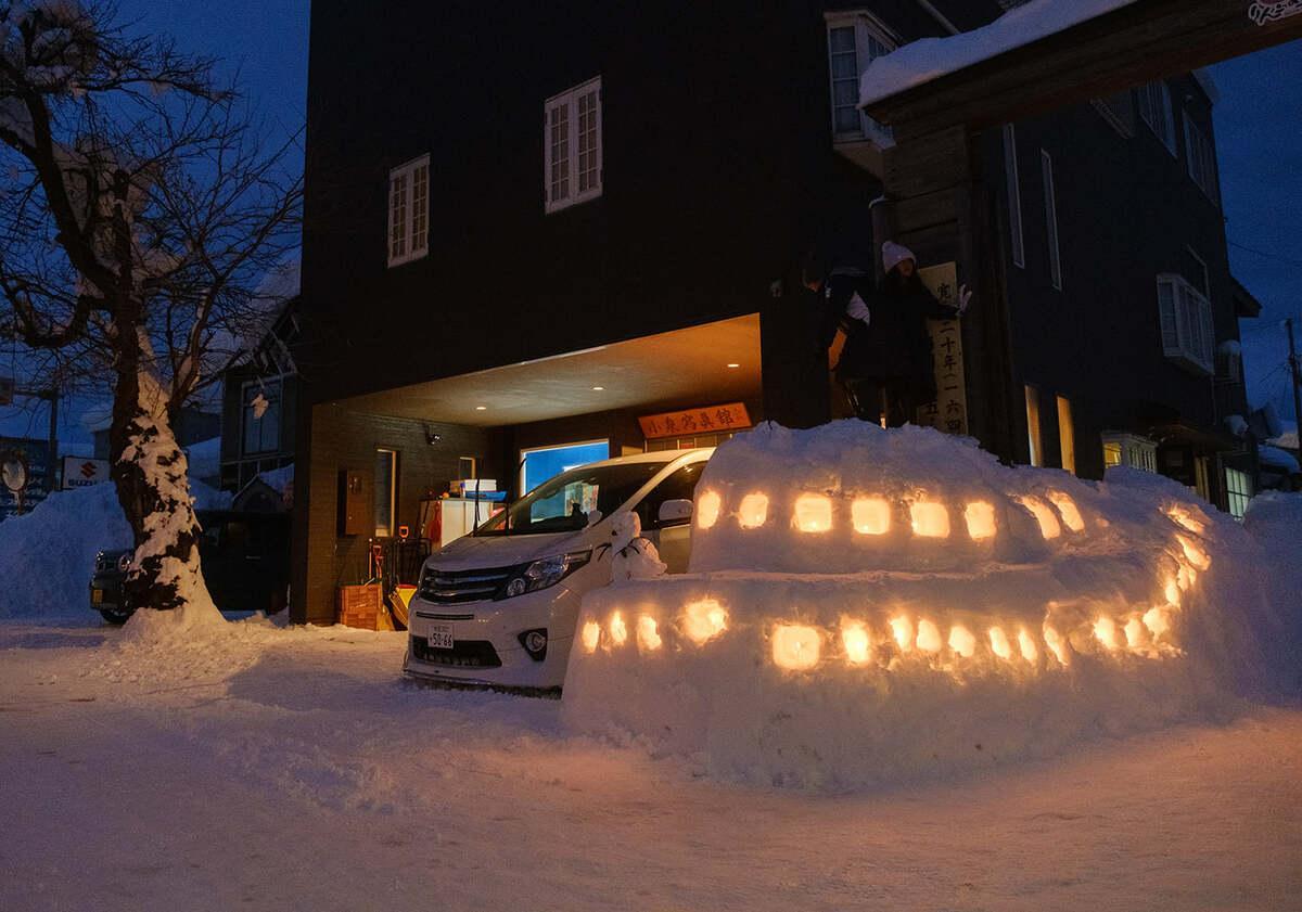 小泉写真館で行った一夜限りの雪明かり