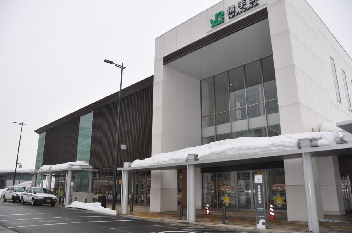 「ステーションピアノ」を設置するJR横手駅
