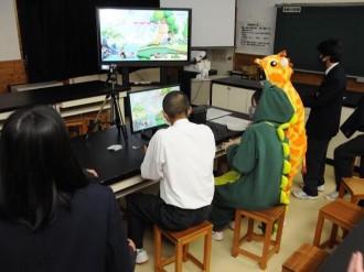 秋田・羽後高校文化祭で「eスポーツ」 生徒20人が熱戦繰り広げる