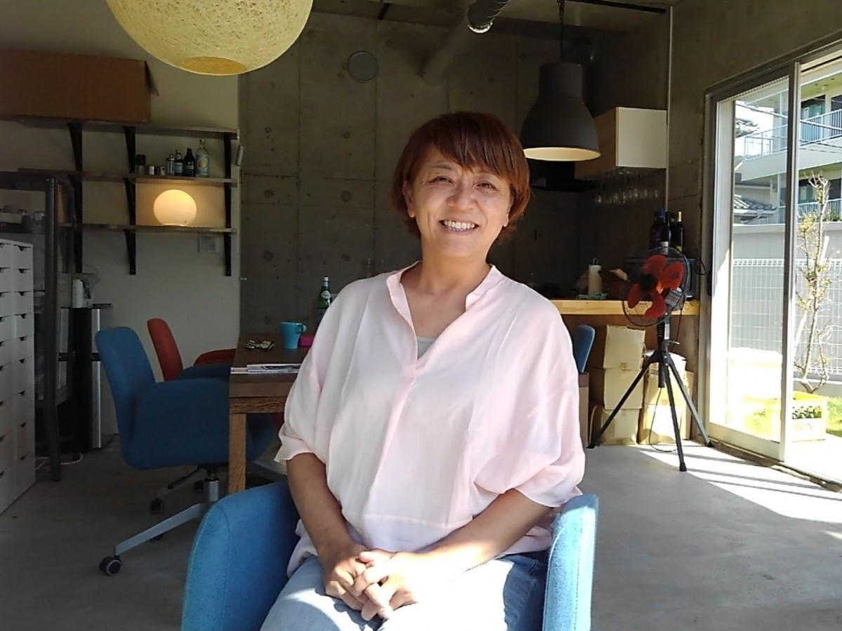 「葉山で起業した理由の一つは犬を飼いたかったから」という汐巻裕子さん