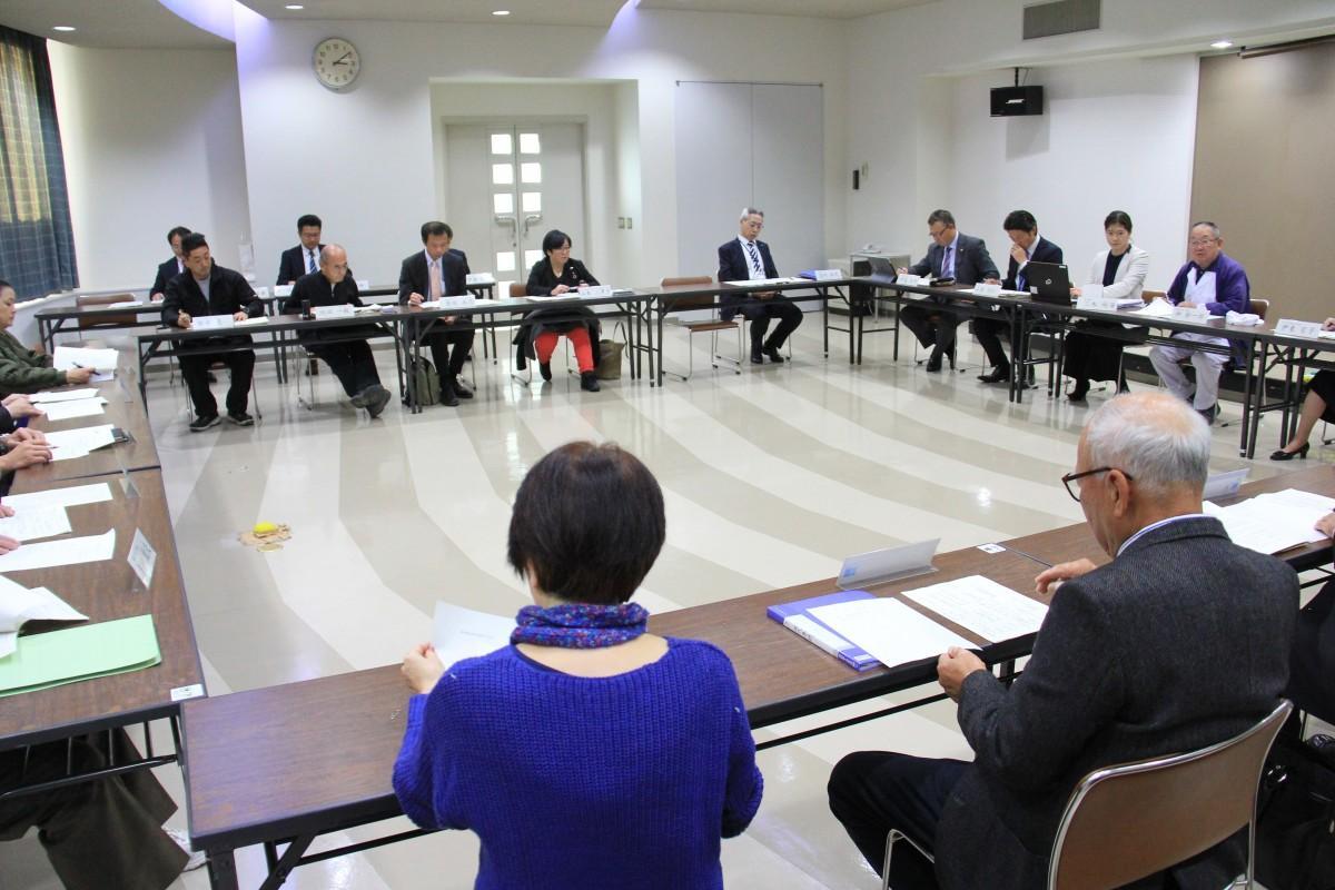 第2回葉山町改元奉祝実行委員会の様子。町役場で