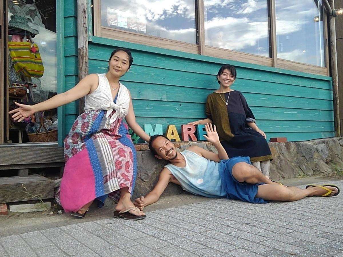 (左から)現在のオーナー3人、奥村有子さん、逆瀬川了さん、花田英子さん